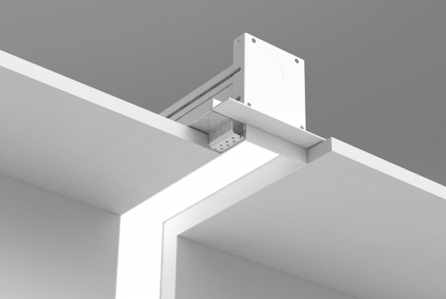 Microlinea Recessed Series 3 - Vertical 90 Deg. Corner Spackle Flange with Regress Lens